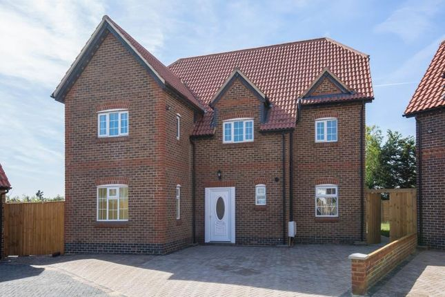 Thumbnail Detached house for sale in Woodhill Crescent, Harrow, Middlesex