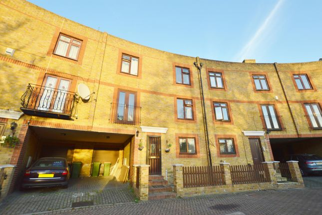Thumbnail Town house for sale in Yarrow Crescent, Beckton, London