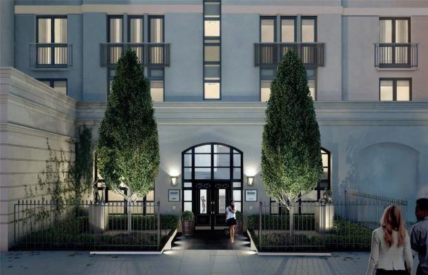 Main Entrance of Kensington Gardens Square, London W2