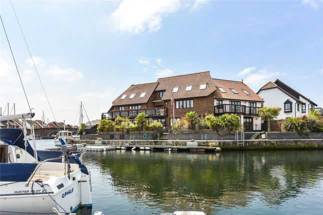 Thumbnail Mews house for sale in Velsheda Court, Hythe Marina Village, Hythe, Southampton