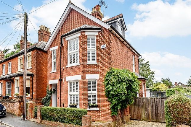 3 bed detached house for sale in Park Road, Farnham