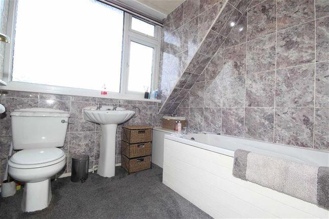 birchfield drive worsley manchester m28 4 bedroom. Black Bedroom Furniture Sets. Home Design Ideas