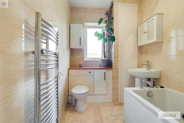 7_Bathroom-0 of Milman Close, Pinner, Middlesex HA5