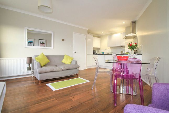 Thumbnail Flat to rent in Shirelake Close, Oxford