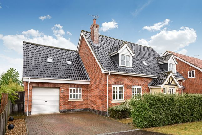 Thumbnail Detached house for sale in Old Farm Road, Beccles