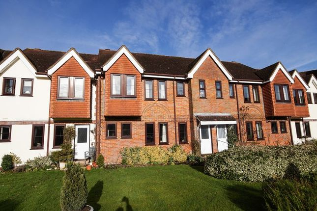 Thumbnail Flat to rent in Giles Gate, Prestwood, Great Missenden