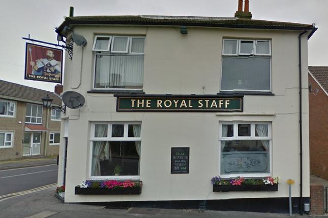 Thumbnail Room to rent in Mount Pleasant Road, Aldershot