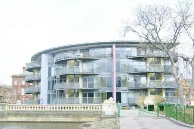 2 bed flat to rent in Borough Road, Sunderland SR1