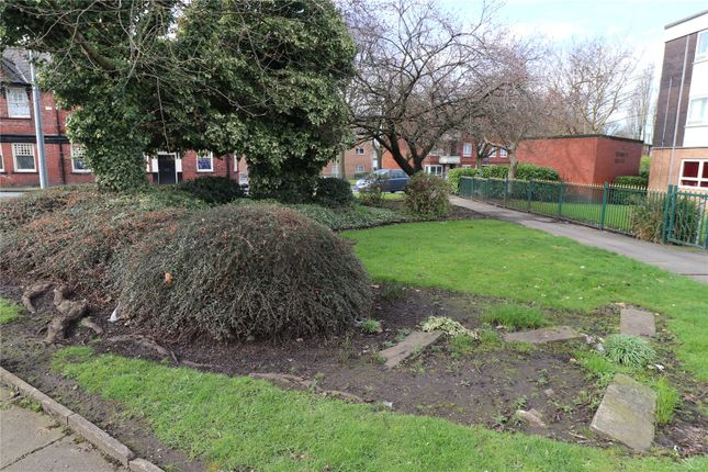 Picture 15 of Worsley Road, Eccles, Manchester, Greater Manchester M30