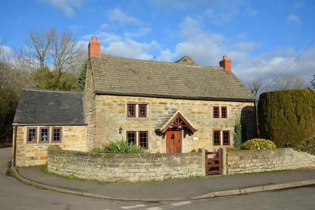 Thumbnail Cottage for sale in Holmgate Road, Clay Cross, Chesterfield