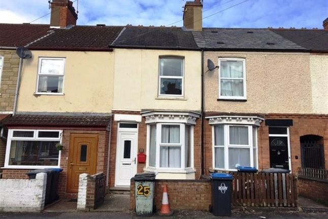 Thumbnail Terraced house to rent in Sandown Road, Rugby