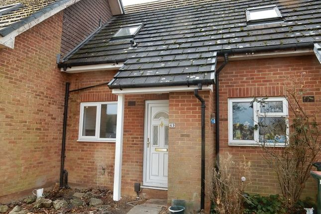 Thumbnail Terraced house to rent in Matthey Place, Crawley