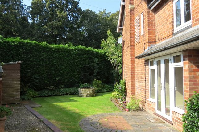 Picture No. 12 of Wergs Road, Tettenhall, Wolverhampton WV6