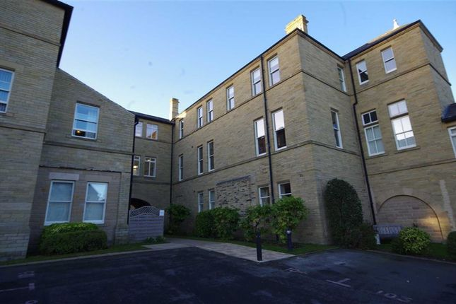 Thumbnail Flat for sale in Richmond House, Savile Park, Halifax