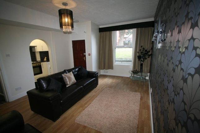 Thumbnail Property to rent in St. Michaels Lane, Burley, Leeds