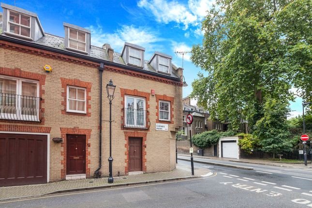 Thumbnail Detached house to rent in Chenies Mews, Bloomsbury, London