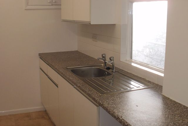 Thumbnail Maisonette to rent in St Marychurch Road, Torquay