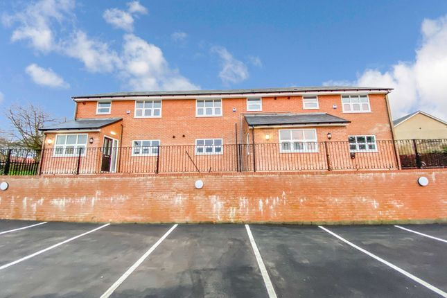 2 bed flat to rent in Yoden Road, Peterlee SR8