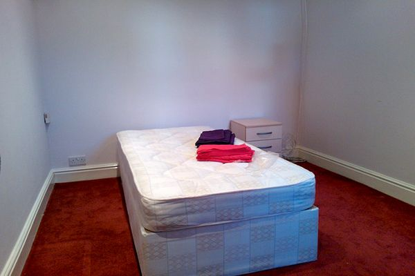 Thumbnail Room to rent in Holly Hill Road, Erith