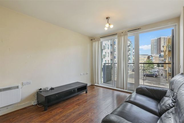 Thumbnail Flat to rent in Tarves Way, London
