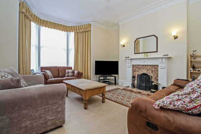 33 Murray Terrace Aberdeen Ab11 4 Bedroom Flat For Sale 58182364 Primelocation