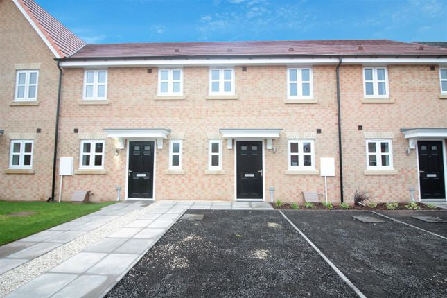 Thumbnail Town house for sale in Grazier Close, Thorpe Willoughby, Selby