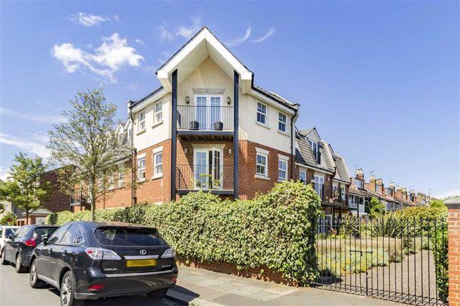 Thumbnail Flat for sale in St. Marks Road, Teddington
