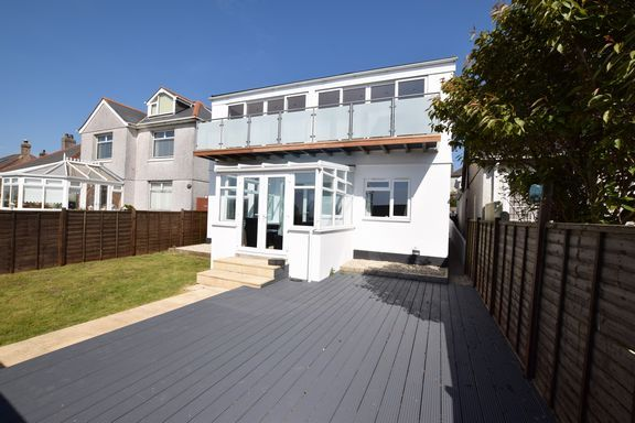 Thumbnail Detached house for sale in Gweal-An-Top, Redruth
