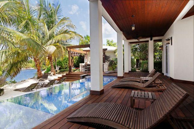 Thumbnail Villa for sale in Deckhouse, Deckhouse, Cayman Islands