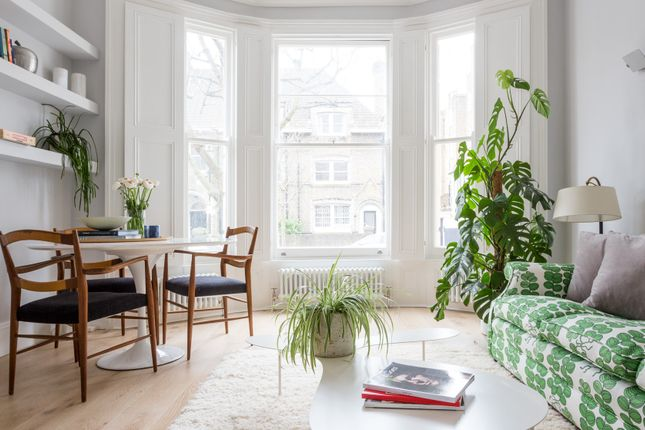 Thumbnail Flat to rent in St. Lawrence Terrace, London