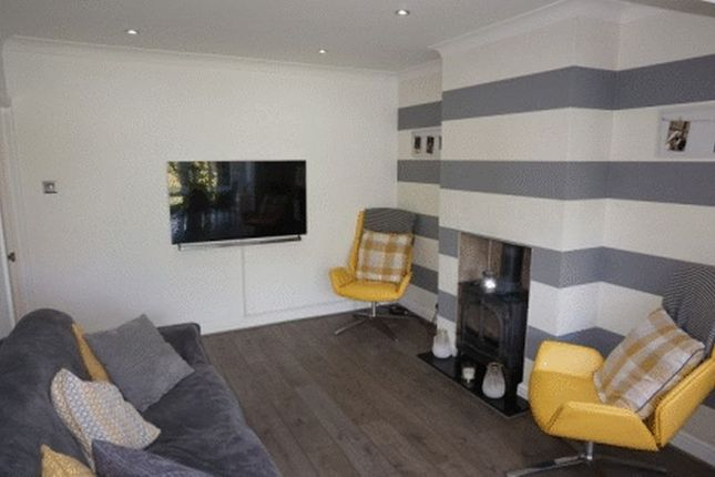 Lounge of Little Heath Road, Bexleyheath DA7