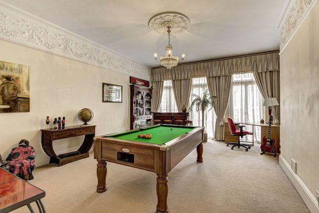 Thumbnail Flat for sale in Kensington Court Mansions, Kensington Court