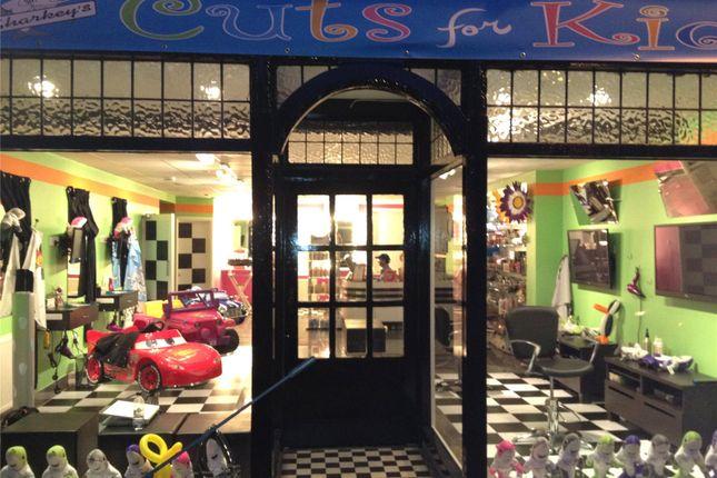 Thumbnail Retail premises for sale in Watling Street, Radlett