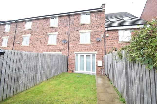 Thumbnail End terrace house to rent in Chancel Road, Wakefield