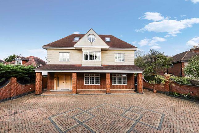 Thumbnail Detached house for sale in Park Avenue, Enfield