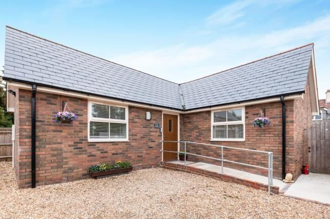 Thumbnail Bungalow for sale in North Warnborough, Hook, Hampshire