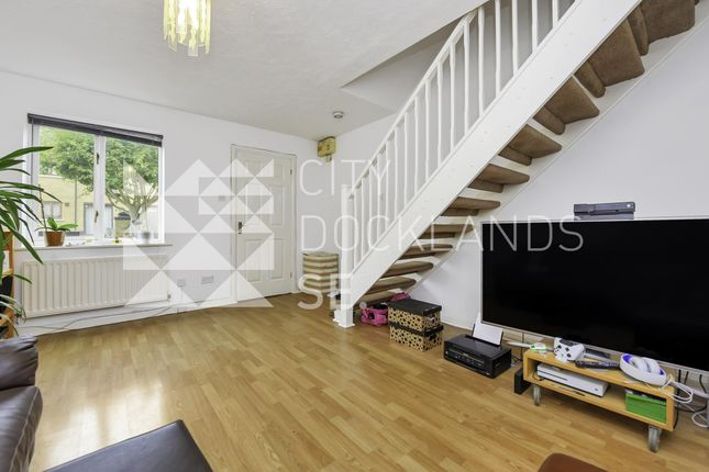 Thumbnail Terraced house to rent in Holyrood Mews, Britannia Village