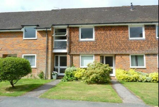 Thumbnail Maisonette to rent in Birkett Way, Chalfont St. Giles