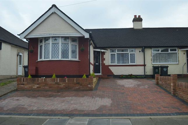 Thumbnail Bungalow for sale in Wentworth Drive, Crayford, Dartford