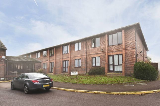Thumbnail Flat for sale in Park Avenue, Enfield Town