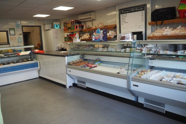 Thumbnail Restaurant/cafe for sale in Cafe & Sandwich Bars S61, South Yorkshire