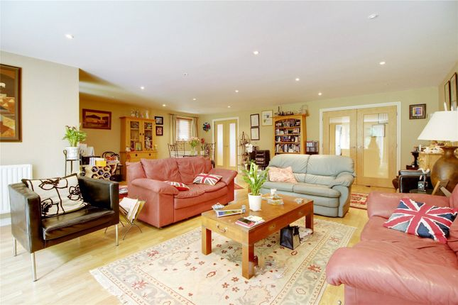 Thumbnail Flat for sale in Highgate Road, Forest Row