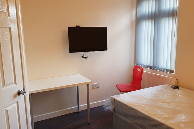 Thumbnail Shared accommodation to rent in Bolingbroke Road Room 7, Coventry