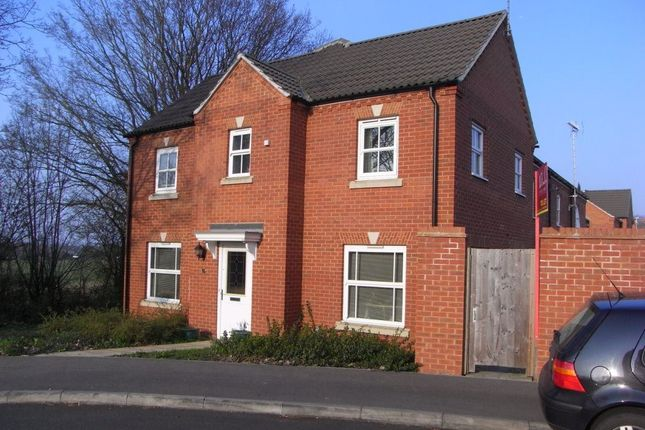 Thumbnail Property to rent in Dowles Green, Wokingham