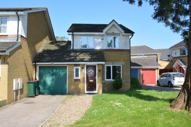 Thumbnail Detached house to rent in Clitherow Gardens, Southgate