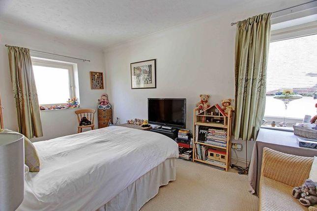 Guest Bedroom of Sumptuous Riverside Apartment, Riversdale SL8