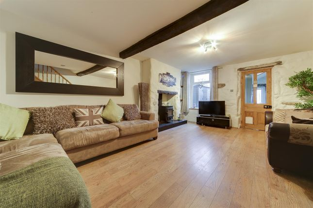 Thumbnail Cottage to rent in Northfield Road, Accrington