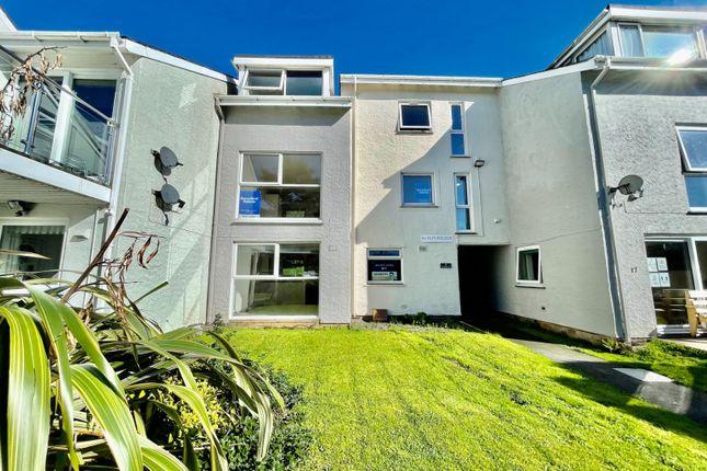 2 bed flat for sale in Ffordd Garnedd, Y Felinheli LL56