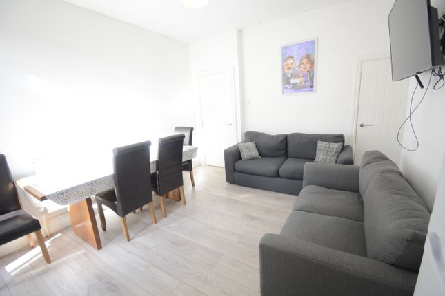 2 bed shared accommodation to rent in Cranwell Street, Lincoln LN5