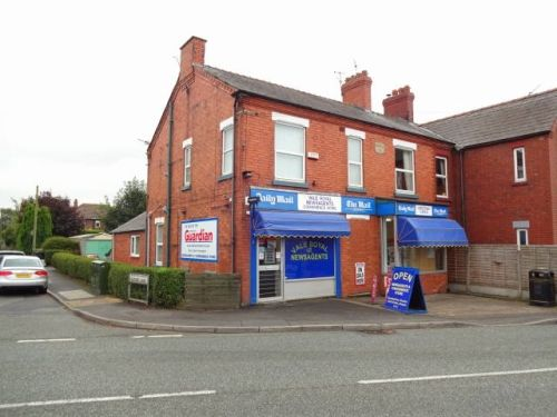 Thumbnail End terrace house for sale in Northwich, Cheshire